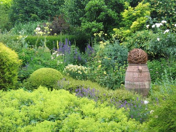 Editiepajot ternat familie baeyens pots lievesgarden openen hun tuin voor het publiek - Deco van de tuin ...