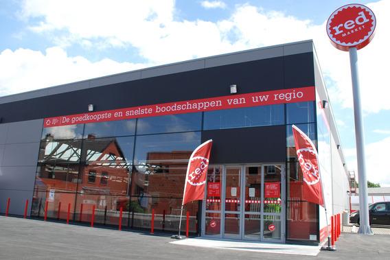 De Goedkoopste Deuren : Editiepajot eerste vlaamse red market opent zijn deuren in opwijk