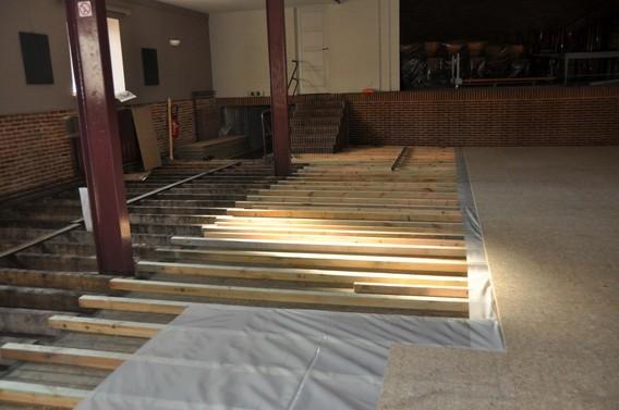 Nieuwe Houten Vloer : Editiepajot halle nieuwe houten vloer voor feestzaal de kring