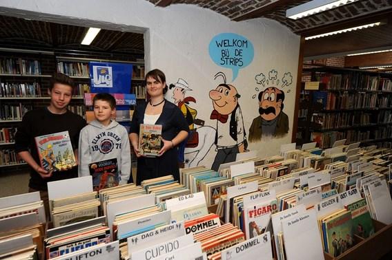 Editiepajot stripfiguren fleuren bibliotheek op in gooik - Muur bibliotheek ...