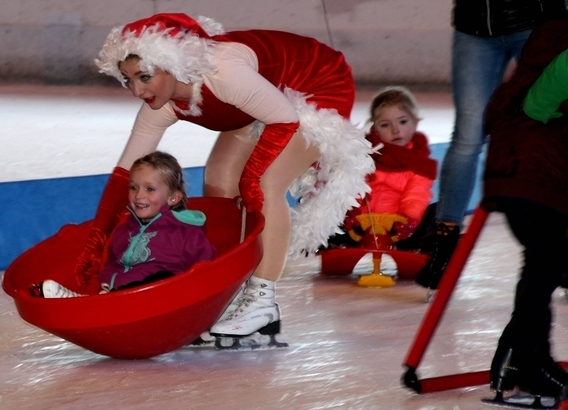 2015-12-23_christmas_on_ice_kerstival_bloso_ijshal__7_b