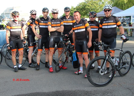 Strijtem-_de_cycling_team__1_a