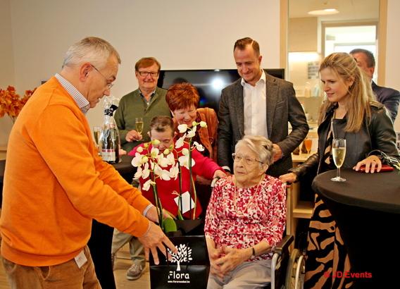 """Maria Geeroms viert haar 100ste verjaardag in LIEDEKERKE """"Residentie Sara"""" - Editiepajot"""